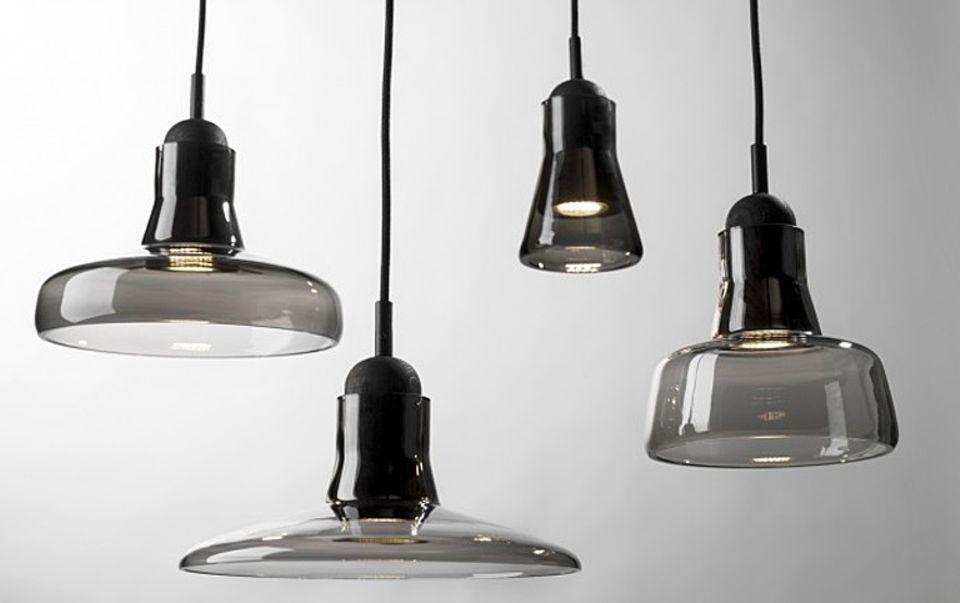 """Die Leuchtenfamilie """"Shadows"""" vom tschechischen Hersteller Brokis zeigt, wie schön LED-Licht sein kann."""