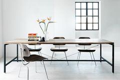 Tisch mit Recycling-Teakholz von Vipp - Bild 2