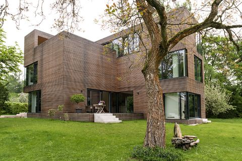 3. Preis: Moderne Villa mit Lärchenholzfassade