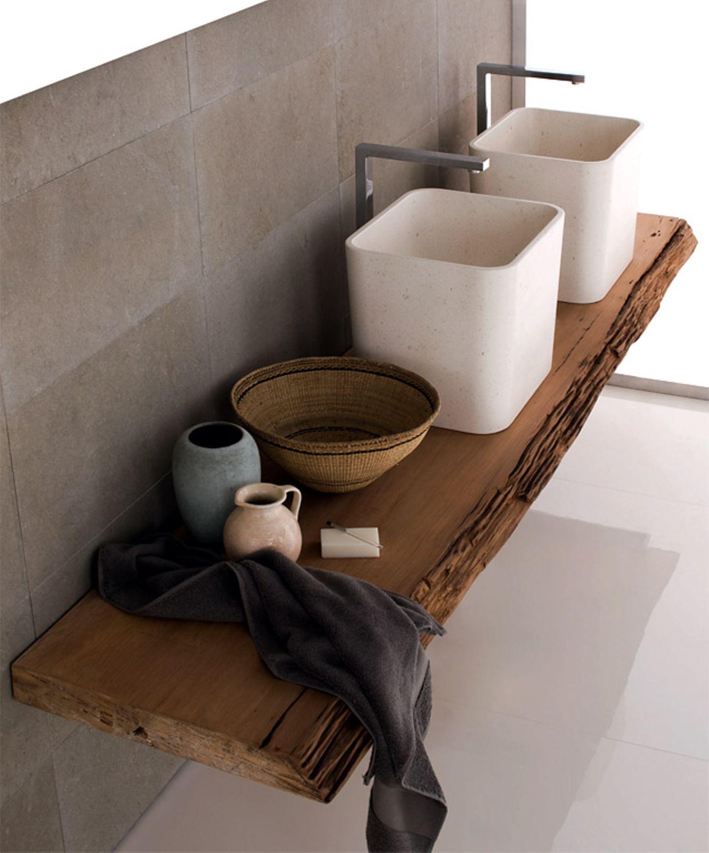 Holz macht das Bad wohnlich