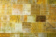 """""""Mix"""" aus alten Teppichen von Luv Interior"""