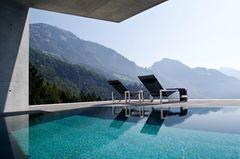 Häuser Pool