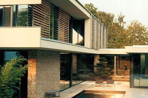 Hofhäuser: Hofhaus mit asiatischem Flair