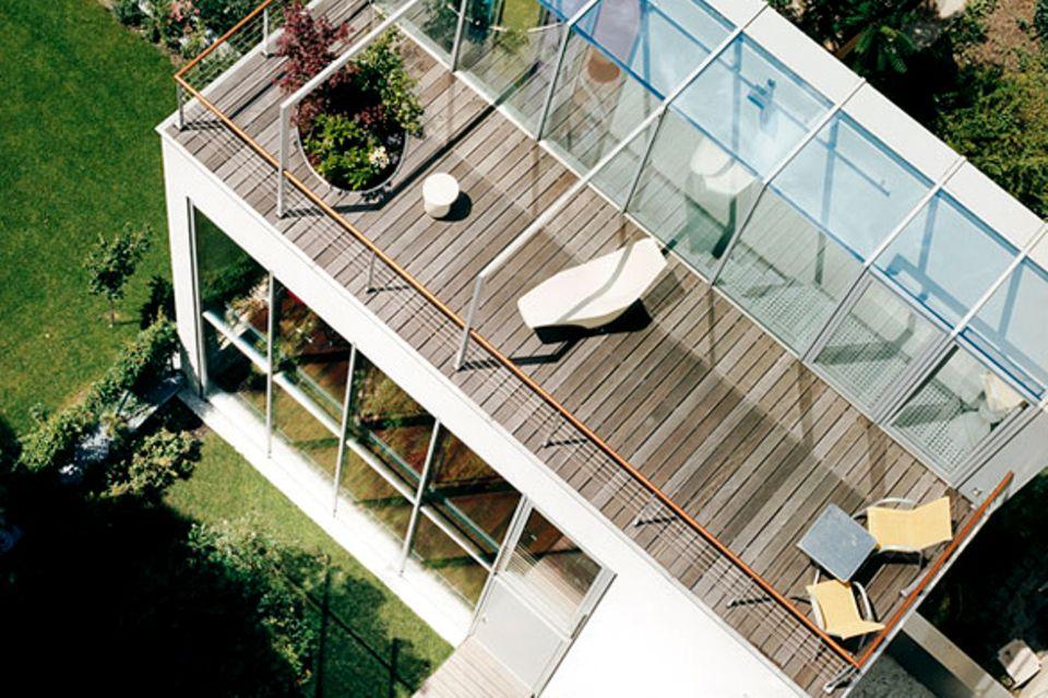 Hinterhofhaus mit großer Dachterrasse