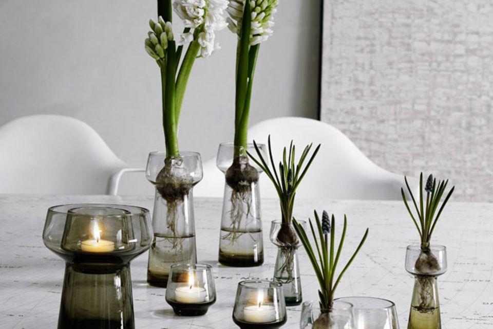 """Glas in rauchigen Tönen: Vasen """"Celebrate"""" von Holmegaard"""
