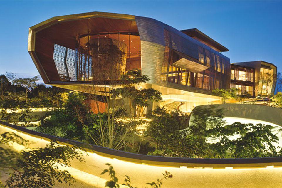 Villen: Futuristisches Luxushaus