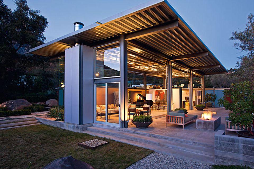 Architektenhäuser: Villa aus Glas und Stahl