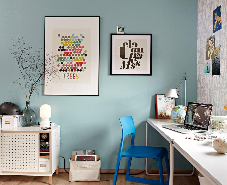 SCHÖNER WOHNEN-Haus: Kinderzimmer: Kühle Farben mit warmem Holzparkett kombiniert - Bild 5