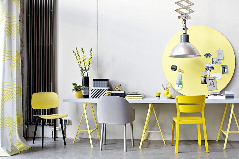 Einrichten in Grau und Gelb