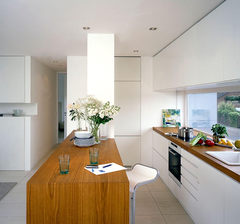 Funktional schlichte Küche