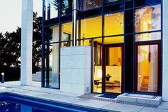 Riesige Glasfassade