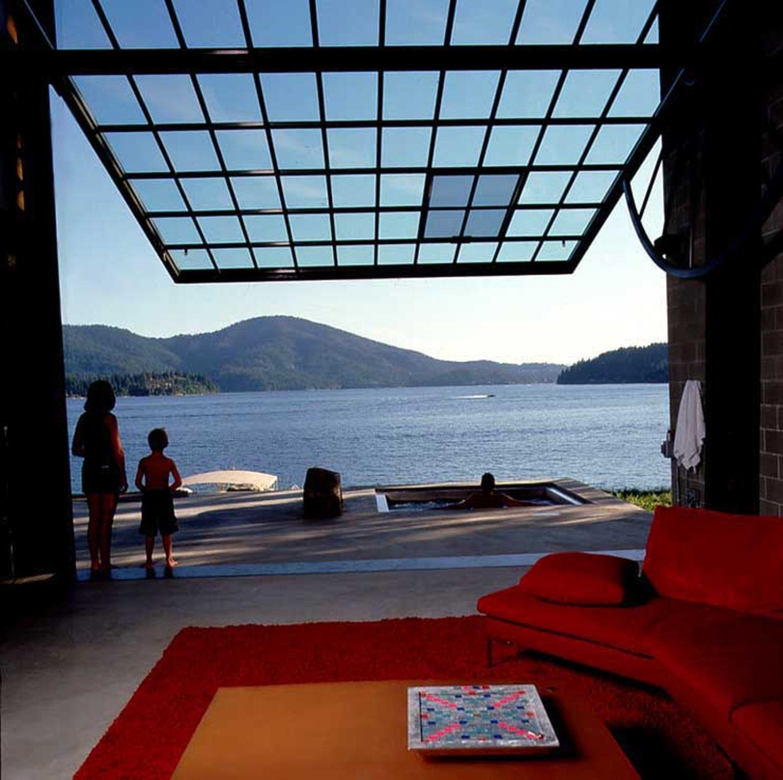 Terrasse am Seeufer
