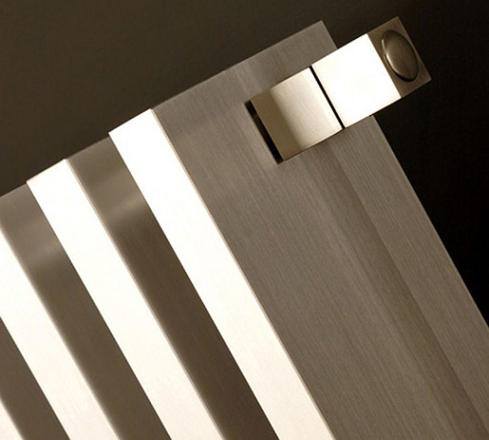 """Heizkörper """"Block"""" von AD Hoc aus poliertem oder mattem Aluminium."""