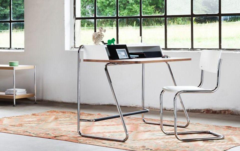 """Sekretär im Bauhaus-Look: Thonets Stahlrohr-Möbel """"1200"""" ist inspiriert von den Formen der 20er Jahre."""
