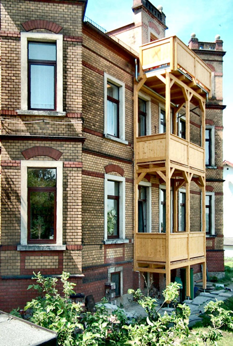 Balkon anbauen: So kommen Sie nachträglich zu einem Balkon