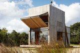 Wie Holzfassaden schön vergrauen