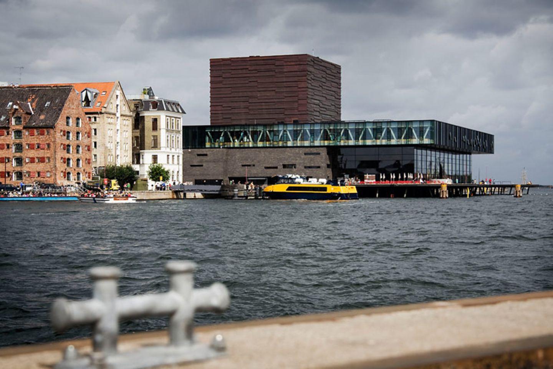 Neue Wahrzeichen: Schauspielhaus, Oper und Bibliothek
