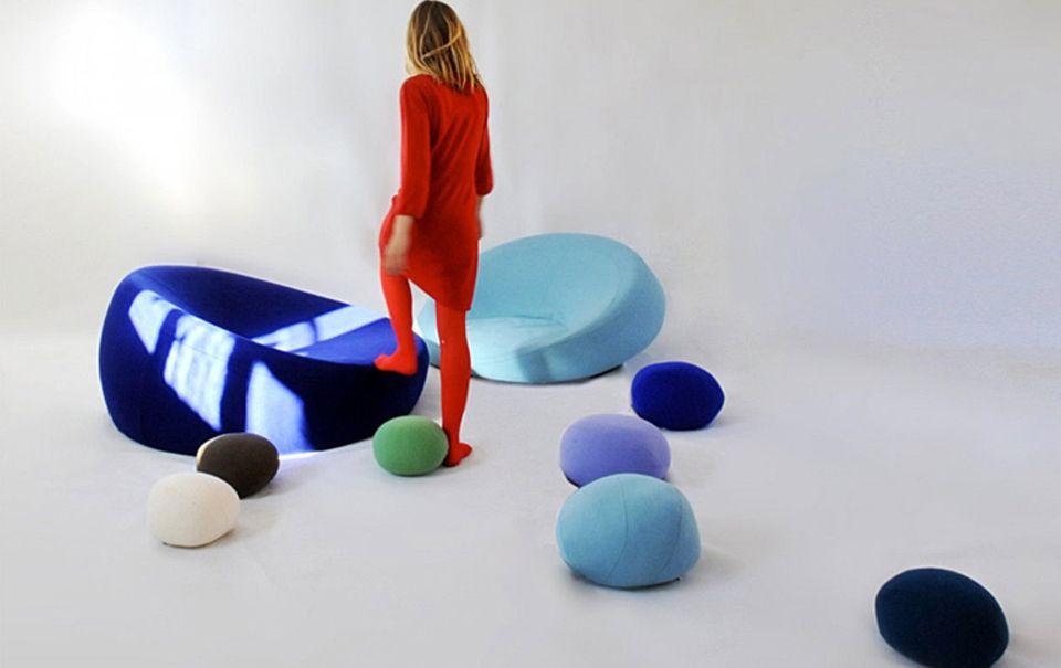 "Riesig: Textilkiesel ""Colorstones"" als Bodenkissen"