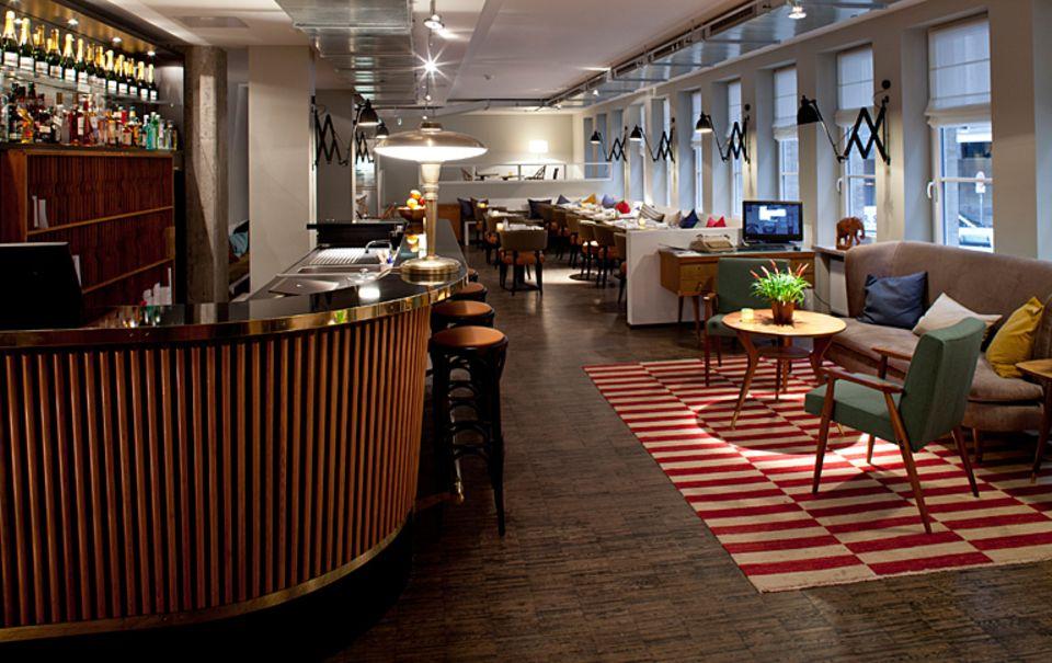 """Hamburger Hotel """"Henri"""" im Stil der 60er-Jahre"""