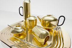 "Tee-Set ""Eclectic Form Tea Set"" aus Messing bei Tom Dixon"