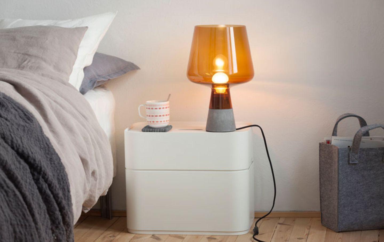 """Sanftes Licht: Nachttischleuchte """"Leimu"""" von Iittala"""
