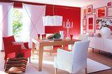 Leuchtendes Rot im Esszimmer
