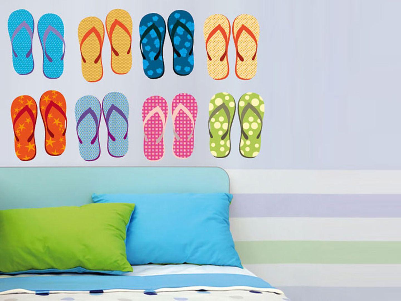 """Bunte Schuhe an der Wand: """"Flip Flops"""" von your design - lovely products"""