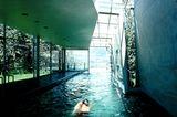 Pool mit Zugang ins Freie