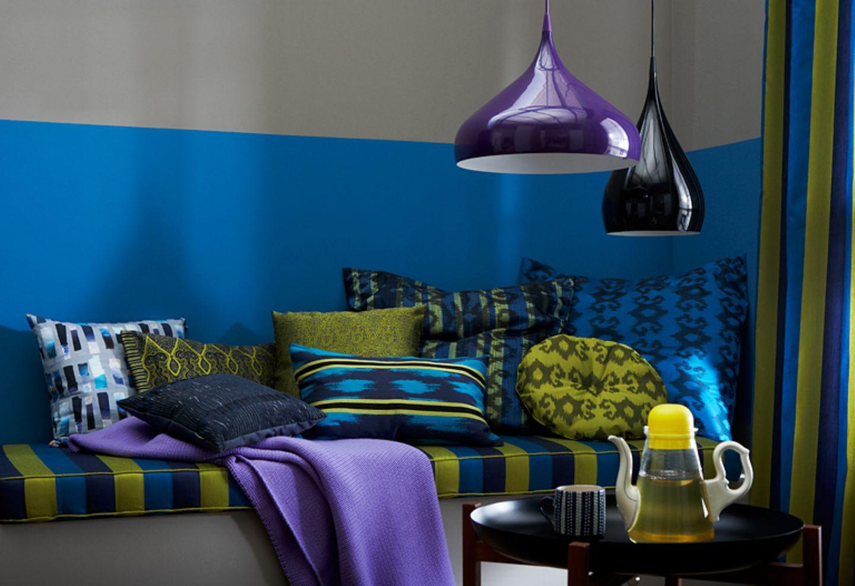 Ethno-Stil: Kitt, Senfgelb und Mittelblau
