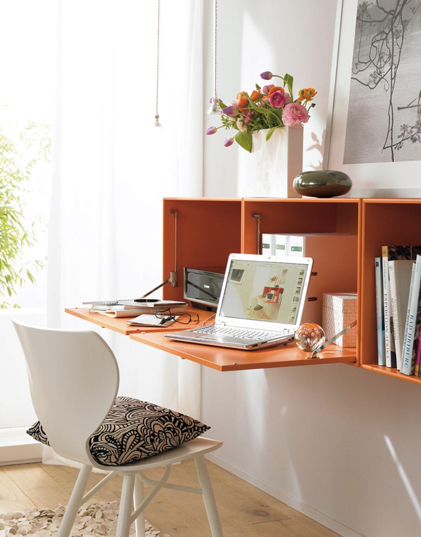 Aufklappbarer Schreibtisch