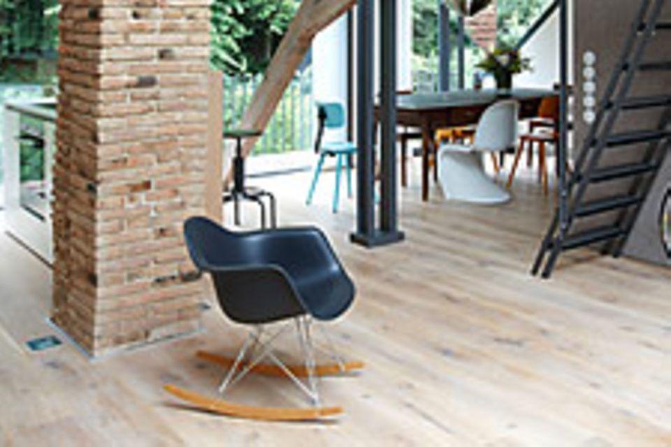 Dachkonstruktion zum Stilelement des Raumes machen