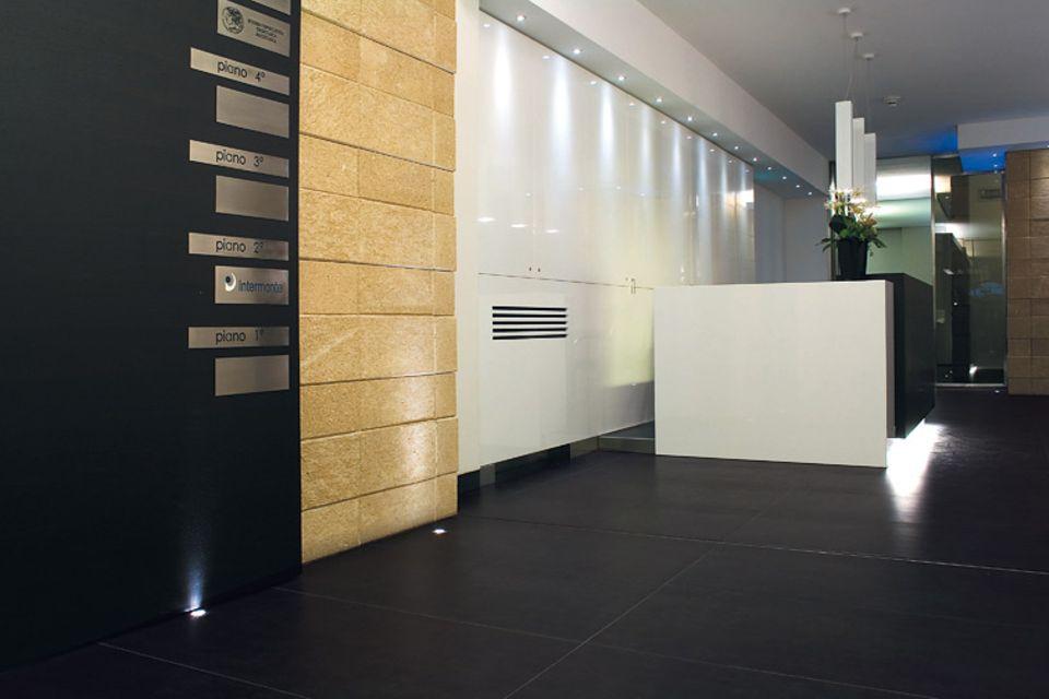 """Fliesenserie """"Fossil"""" von Porcelaingres: Räume"""