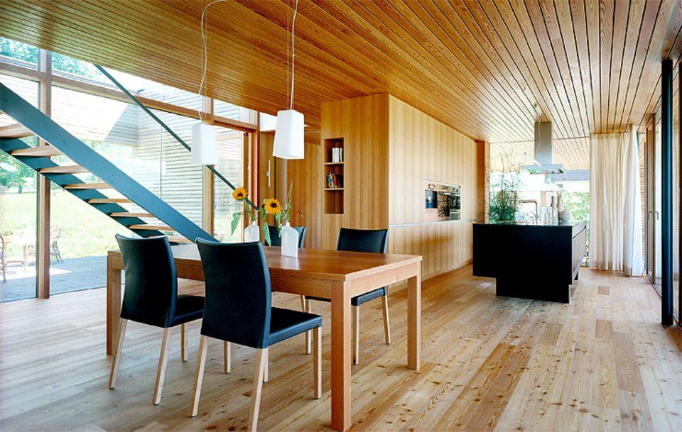 Holzhaus bauen: Vor- und Nachteile von Holzhäusern