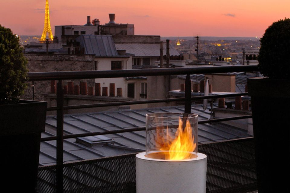 """Moderne Feuerstelle: """"Jar Commerce"""" von Planika"""