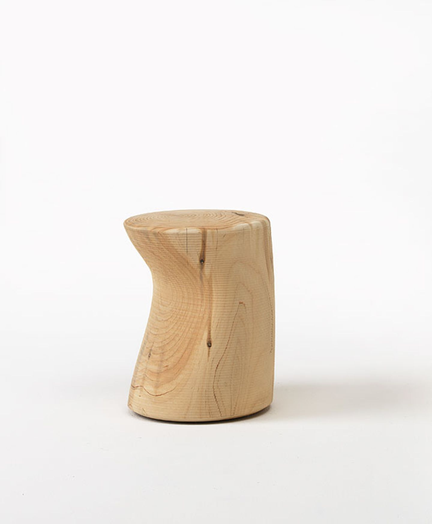 So repariert man Druckstellen im Holz