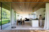 Küche mit Terrassenanschluss