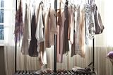 """Aufhänger: Kleiderstange """"Youtoo"""" von Atelier Haussmann"""