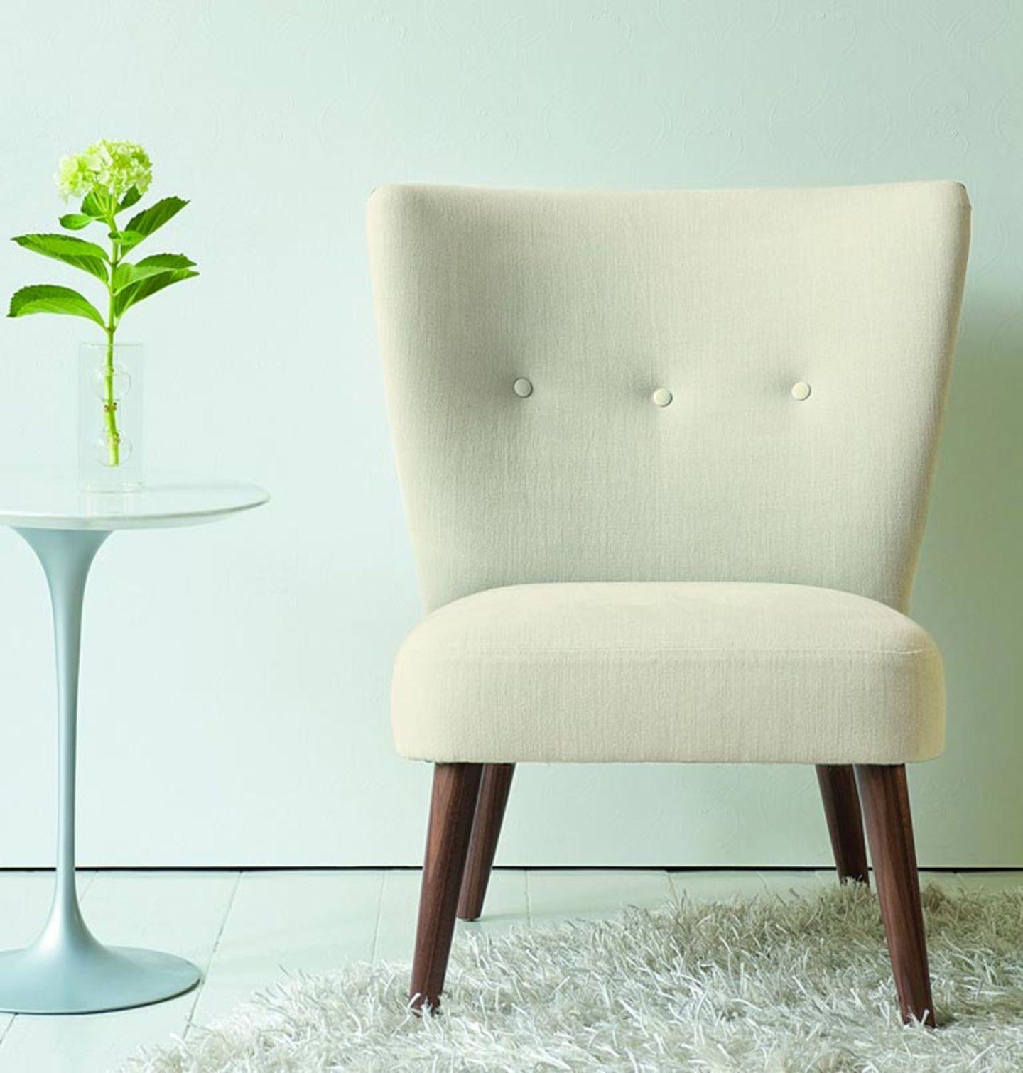 Grazile Cocktailsessel und Pastelltöne passen perfekt zusammen
