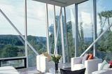 Wohnzimmer hinter Glas