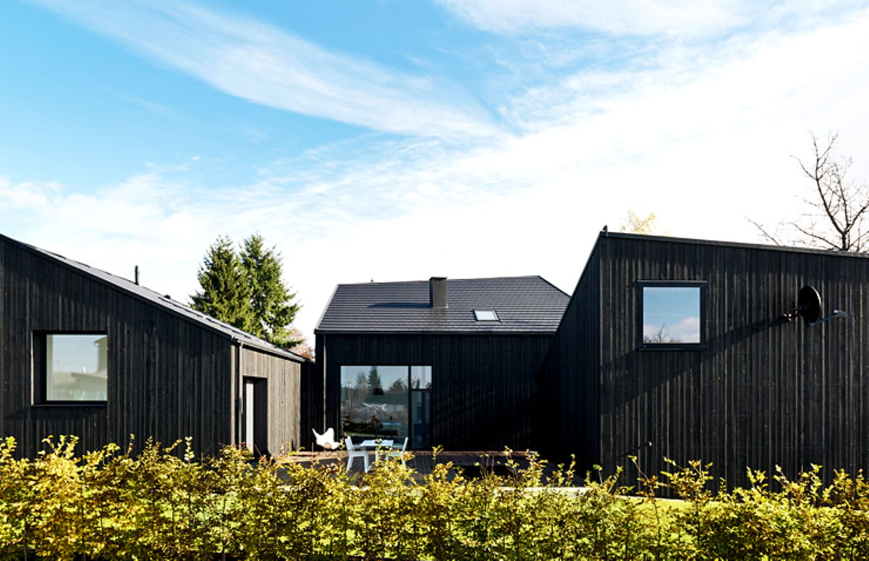 Gebäude-Ensemble schafft intimen Hinterhof