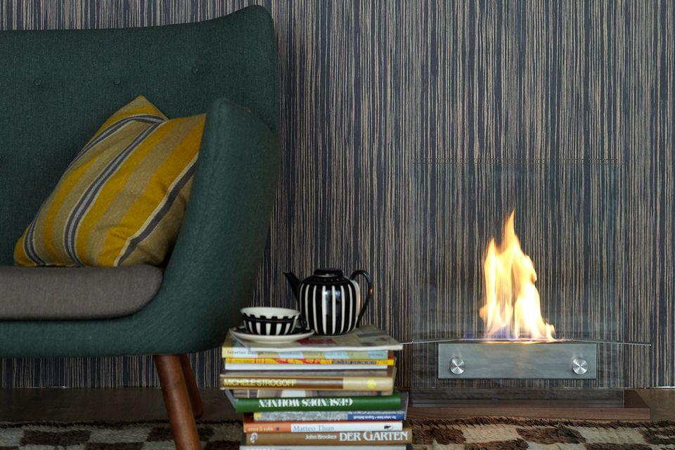 Wohnzimmer mit Feuerstelle