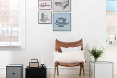 Wände mit Bildern dekorieren
