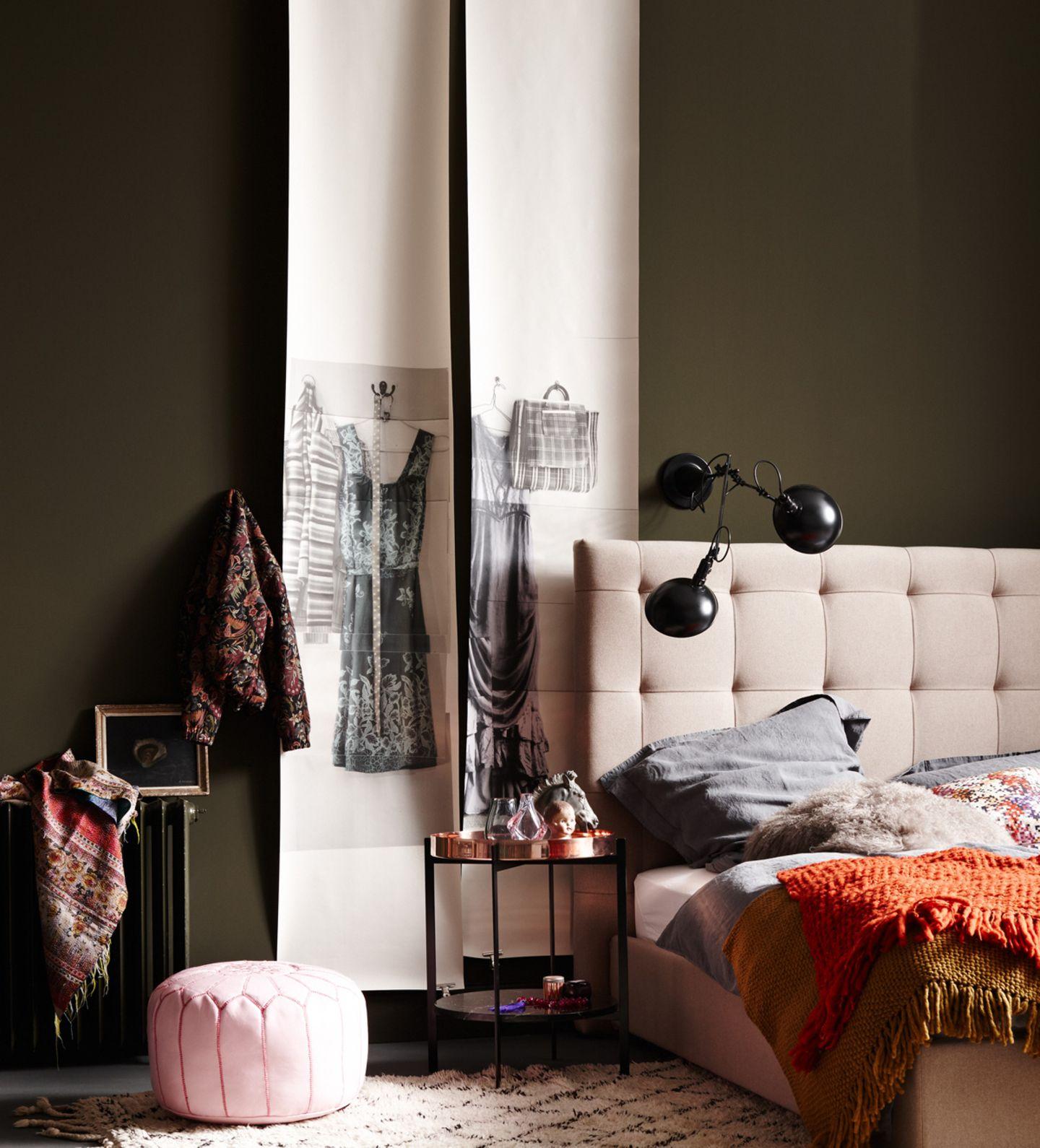 Schlafzimmer mit Wandfarbe Braun