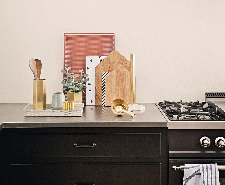 Tablett und Küchenbrettchen von Ferm Living
