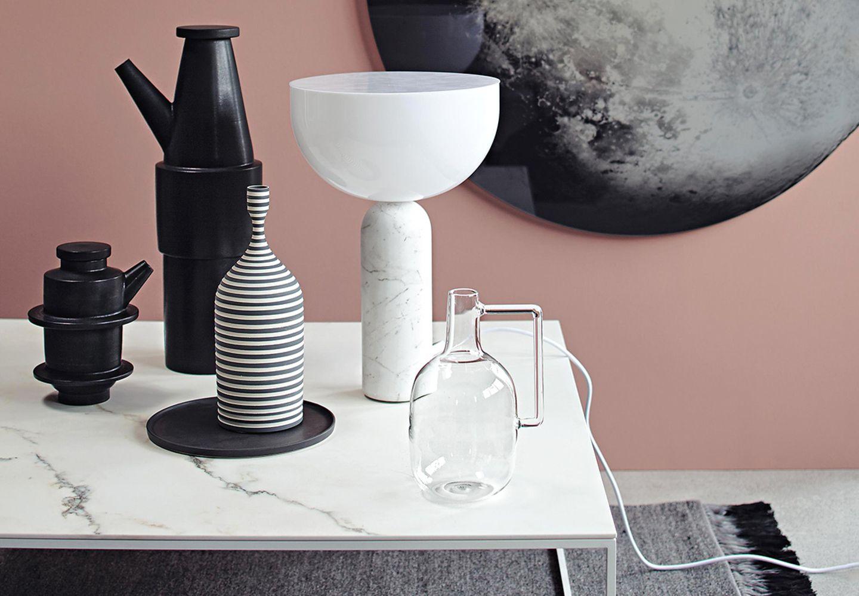 Reduzierte Formen und Formen geben Deko einen minimalistischen Look