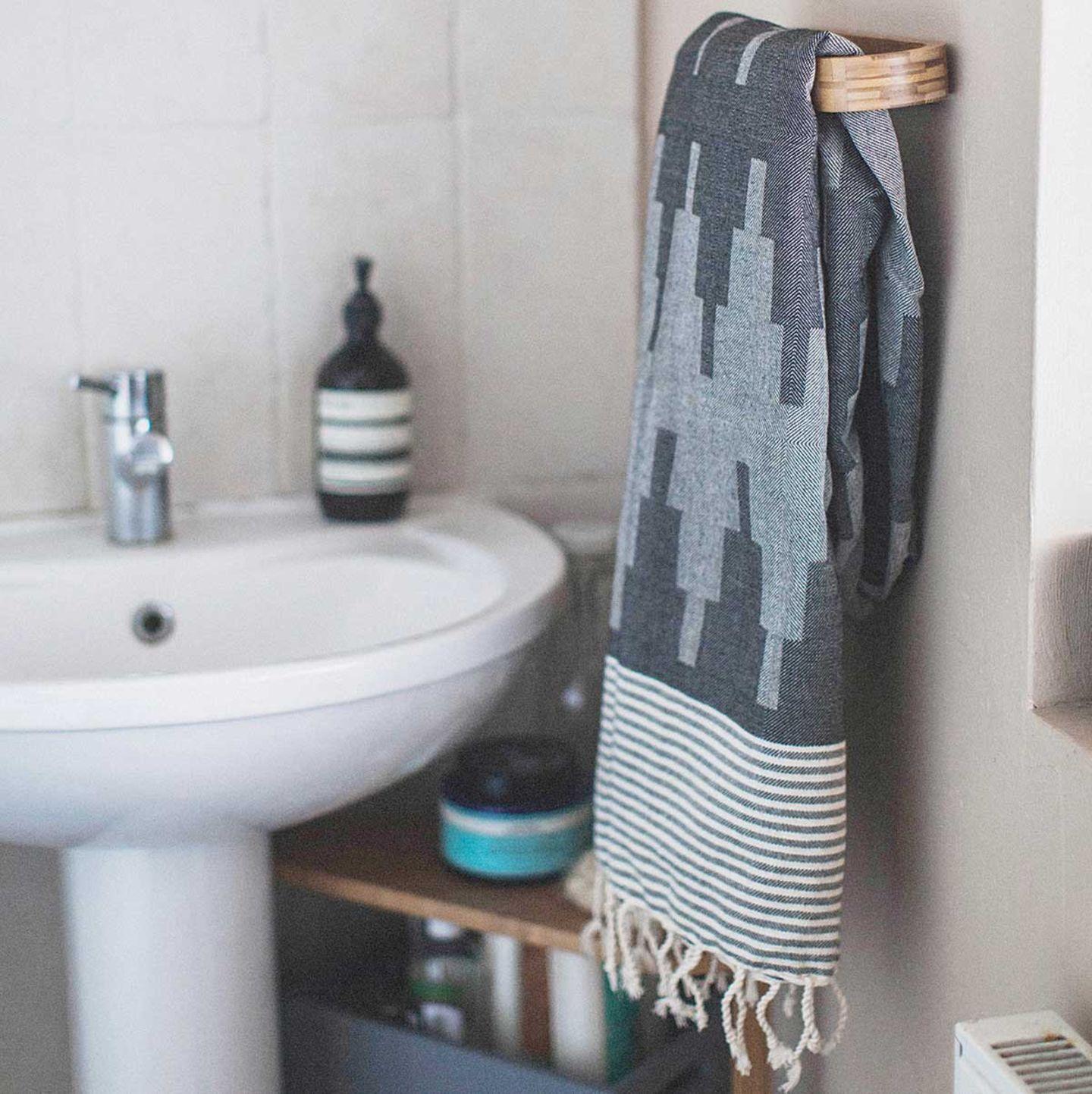 Fouta oder Hammam-Handtuch in Grau von House of Rym