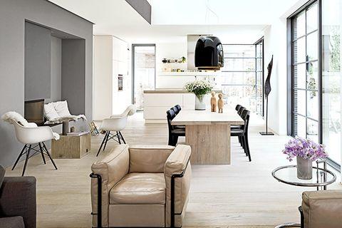 Satteldach mit Loft-Feeling: Innenraum