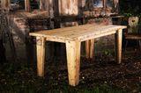 """Tisch """"Exklusiver Eppendorfer"""" aus alten Gerüstbohlen von Alsterplanke"""
