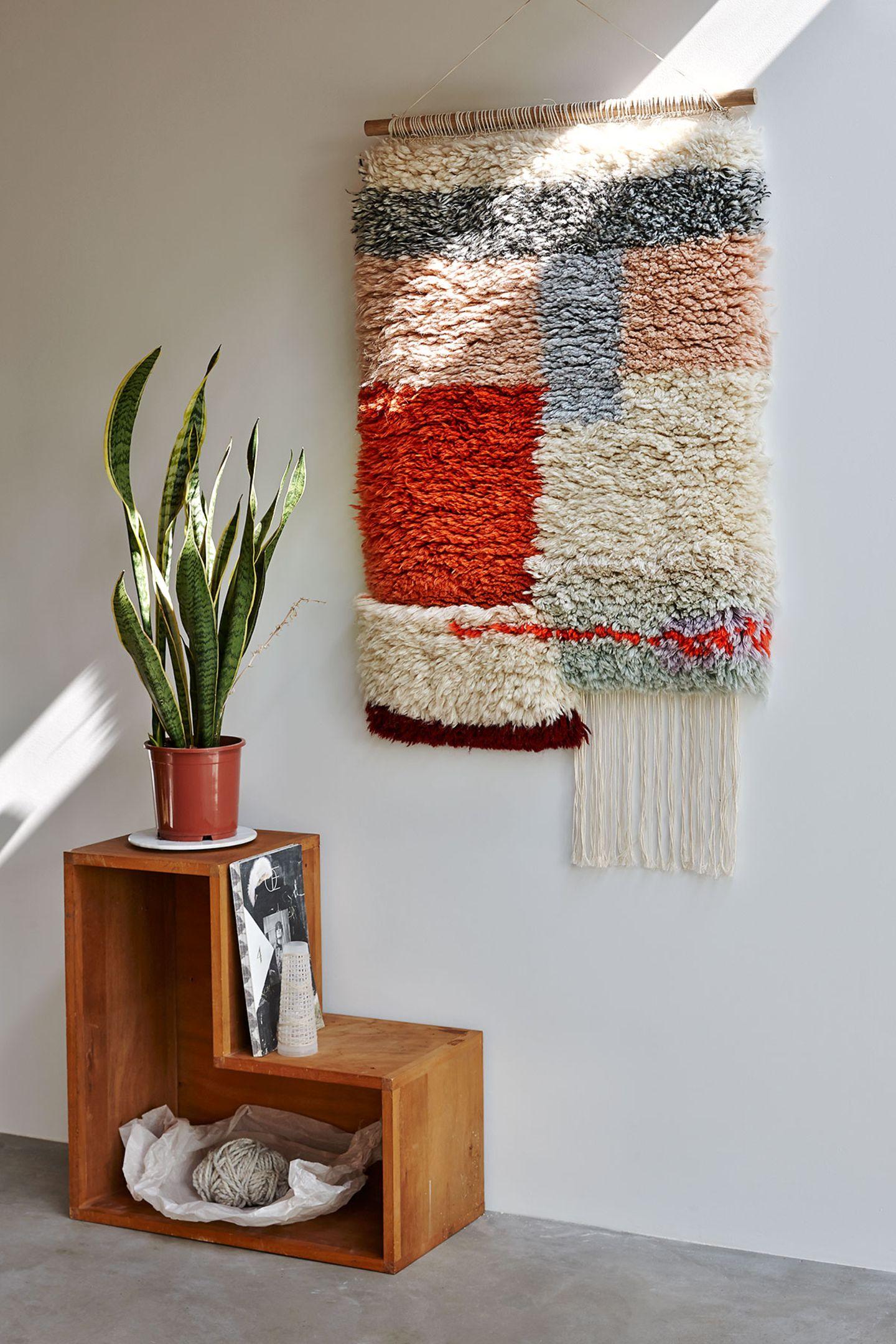 """Moderner Wandteppich """"Yeah Wall Rug"""" von Lys Vintage"""