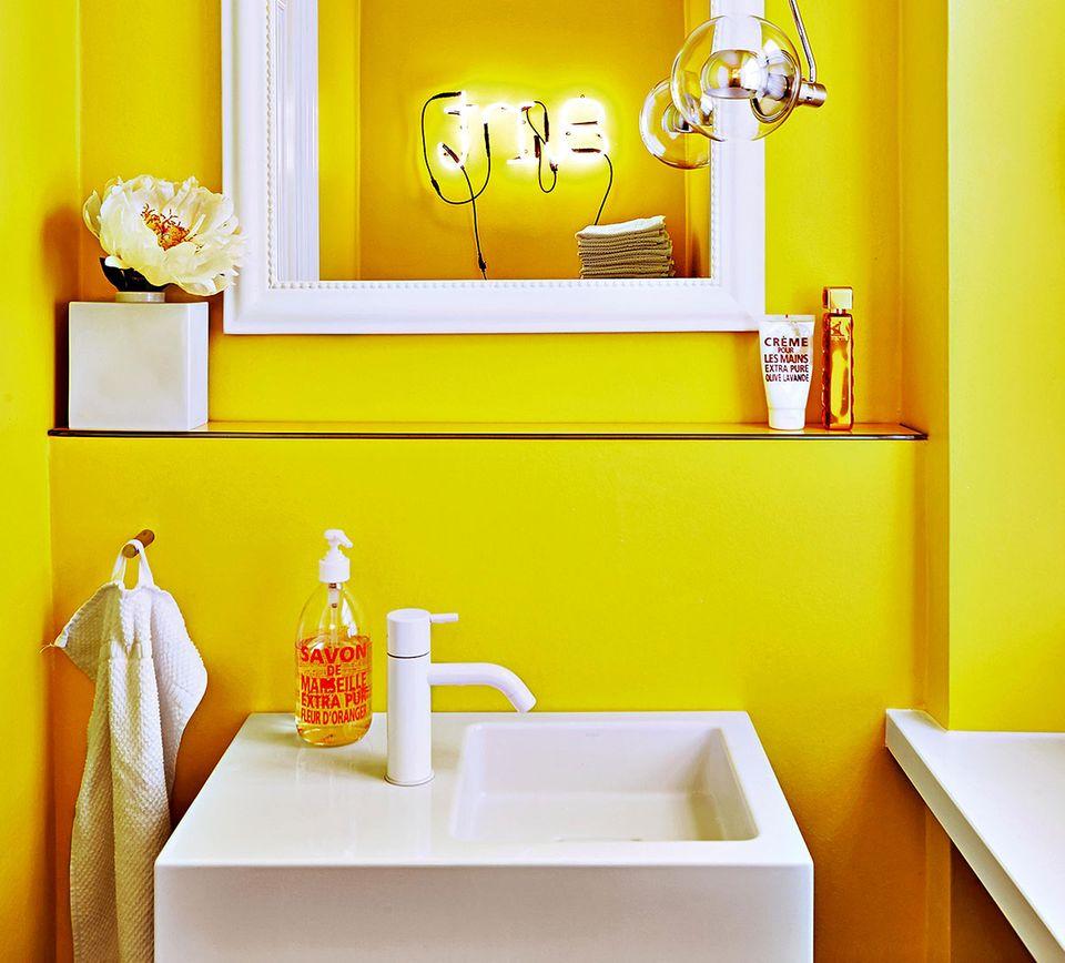 Gäste-WC in Gelb